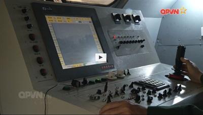 Trung tâm chỉ huy điều khiển của tổ hợp. Ảnh: QPVN.