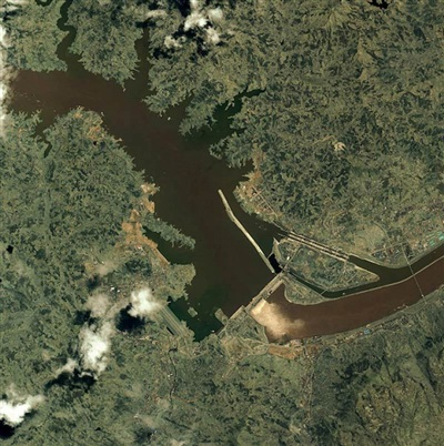 Ảnh: International Rivers