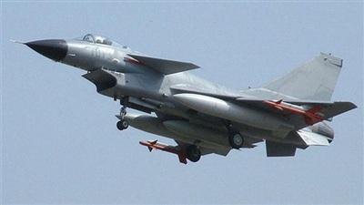 Tiêm kích J-10 Trung Quốc. Ảnh: Milavia