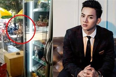 Hình ảnh Hoài Lâm đang phục vụ tại quán cà phê.