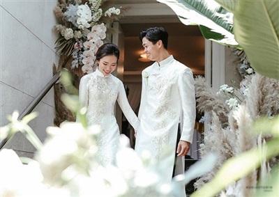 Hôn nhân của Công Phượng nhận được sự ủng hộ của người hâm mộ.
