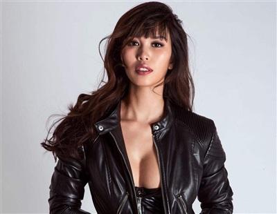 Siêu mẫu Hà Anh nổi tiếng là một người đẹp khảng khái, có nhiều phát ngôn thẳng thắn