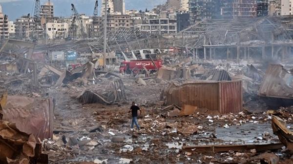 Hiện trường vụ nổ kinh hoàng ở Beirut. Ảnh: AP.