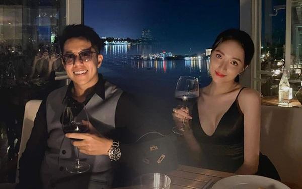 Trước đó nhiều bằng chúng hẹn hò của cặp đôi như cùng nhau đi ăn tối,...