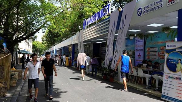Các chương trình kích cầu du lịch để kết nối Hà Nội với các địa phương khác cũng đã được đẩy mạnh