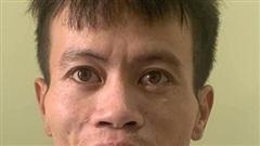 Khởi tố, bắt tạm giam 2 đối tượng cướp giật điện thoại iphone 11 của người đi đường ngay giữa ban ngày ở Hà Nội
