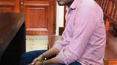 Sang Việt Nam, người đàn ông mang quốc tịch Congo bỗng đổi nghề rồi 'xộ khám'