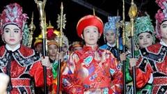Hoài Linh đóng cửa nhà thờ dịp giỗ Tổ sân khấu