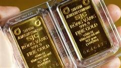 Giá vàng tiếp tục 'lao dốc' mạnh