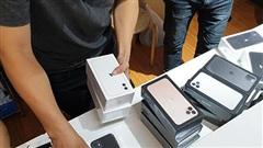Từ hôm nay, bán điện thoại xách tay có thể bị phạt tới 100 triệu đồng