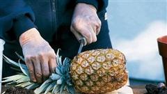 2 loại thực phẩm không nên anh kèm với quả dứa vì bị ngộ độc thực phẩm
