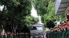 Tiễn đưa 13 liệt sĩ hi sinh tại Thủy điện Rào Trăng 3 về với đất mẹ