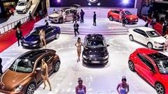 Thị trường ô tô chạy nước rút cuối năm, giá xe giảm sâu