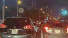 Công an đang xử lý vụ VinFast Fadil rượt đuổi xe Lexus gay cấn trên phố Hà Nội