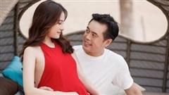 Nhạc sĩ Dương Khắc Linh và ca sĩ Sara Lưu chào đón hai thiên thần sinh đôi đầu lòng