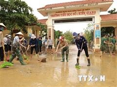 Thăm hỏi, động viên ngành giáo dục tại vùng lũ tỉnh Quảng Bình