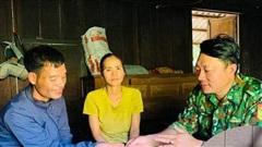 Gia đình nghèo ở Quảng Trị muốn trả lại vàng nhặt được từ hàng cứu trợ