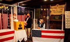 Thị trấn Mỹ đầu tiên có kết quả bầu cử tổng thống, Joe Biden thắng