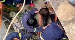 Kịp thời cứu sống người phụ nữ rơi xuống giếng 25m