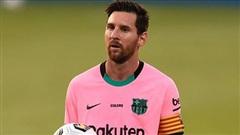 Messi phải giảm lương đáng kể nếu muốn ở lại Barca