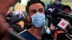 Biến cực căng: Bác sĩ riêng chịu cáo buộc 'làm Maradona chết oan', văn phòng và nhà riêng bị cảnh sát ập vào khám xét