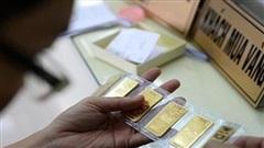 Giá vàng tiếp tục 'bốc hơi', xuống dưới mốc 54 triệu đồng/lượng
