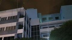 Nam thanh niên rơi từ tầng cao Đại học Ngoại ngữ- Tin học tử vong