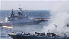 Hạm đội Baltic của Nga tập trận trên biển