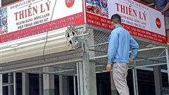 Tiểu thương chợ du lịch Lào Cai bắt đầu nhận ô, quầy, chuẩn bị cho mùa kinh doanh Tết