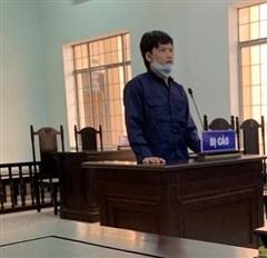 Cha dượng xâm hại con riêng của vợ, bản án không đủ sức răn đe?