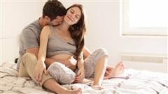 4 tư thế làm 'chuyện ấy' khi mang bầu giúp bố mẹ vui mà con vẫn an toàn