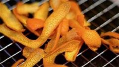 Tuyệt chiêu chặn đứng cơn ho từ cam nướng