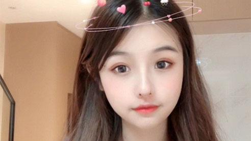 Top 7 pha lộ 'nhan sắc thật' của gái xinh TikTok khiến fan khiếp vía, 'sốc' nhất là hot girl... 58 tuổi