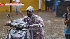 Mưa lớn gây ngập lụt nghiêm trọng tại New Delhi, Ấn Độ
