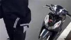 Vụ va chạm giao thông với bà bầu rồi đập xe của người đi đường: Dấu hiệu của nhiều tội danh