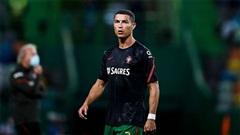 Vừa dương tính với Covid-19, Ronaldo đã nhận thêm tin sắp thành 'vật tế thần' của Juventus