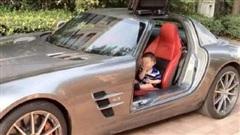 Bị chửi là khoe giàu khi lái Rolls Royce trị giá hơn 20 tỷ đồng tới trường đón con, phụ huynh có phát ngôn gây sốc