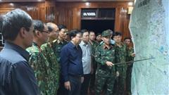 NÓNG: Sạt lở kinh hoàng ở Quảng Nam, 53 người bị vùi lấp, tìm thấy 7 thi thể đầu tiên