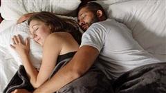 Những lợi ích của việc thường xuyên ôm ấp, vuốt ve cho cơ thể