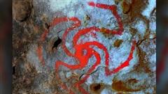 Rùng mình 'chong chóng máu' tiết lộ ma dược cổ xưa nhất thế giới