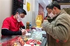 Giá vàng giảm gần 5 triệu đồng/lượng, có nên 'canh' mua vàng lúc này?
