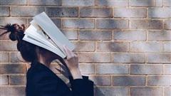 Hai cuộc đời khác biệt của người đọc sách và không đọc sách: Thấm từng chữ!