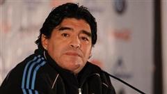 Y tá của Maradona: Ông ấy bị ngã đập đầu trước khi qua đời, nhưng họ đã làm ngơ