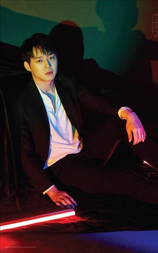 Những scandal liên tục nổ ra khiến Yoochun bị ảnh hưởng tiêu cực