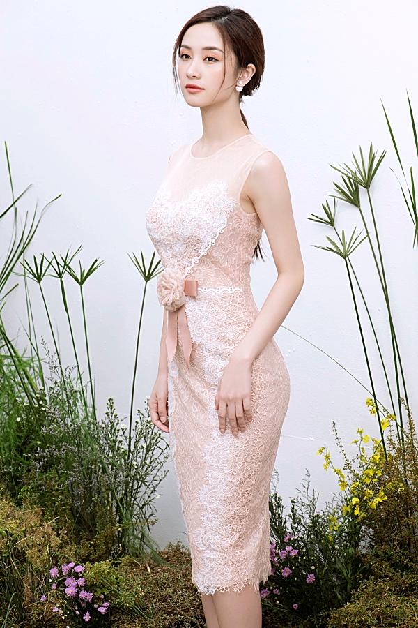 Loạt váy ren giúp Jun Vũ khoevẻ đẹp mong manh, nữ tính 3