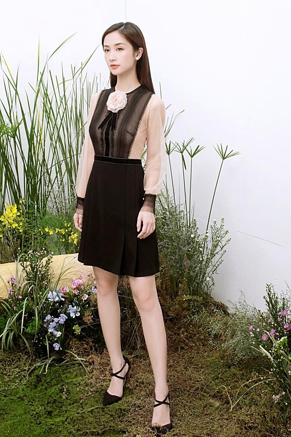 Loạt váy ren giúp Jun Vũ khoevẻ đẹp mong manh, nữ tính 9
