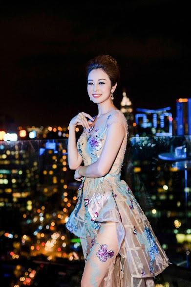Tại cuộc thi này,cô sẽ đảm nhận vai trò giám khảo đêm chung kết diễn ra tại Canada.