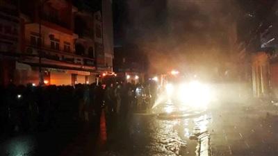 TP Thanh Hóa: Nhiều căn nhà bùng cháy lớn trong đêm 8