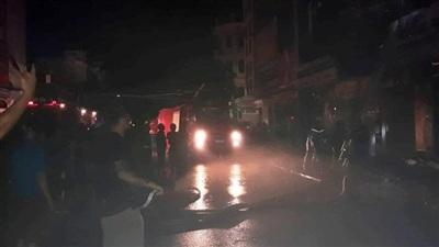 TP Thanh Hóa: Nhiều căn nhà bùng cháy lớn trong đêm 10