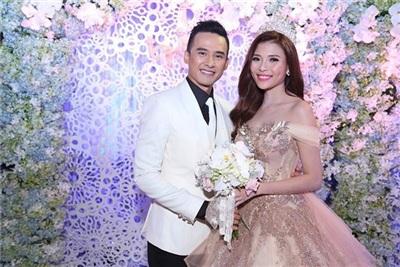 Những cặp đôi 'phim giả tình thật' ồn ào nhất của showbiz Việt 5